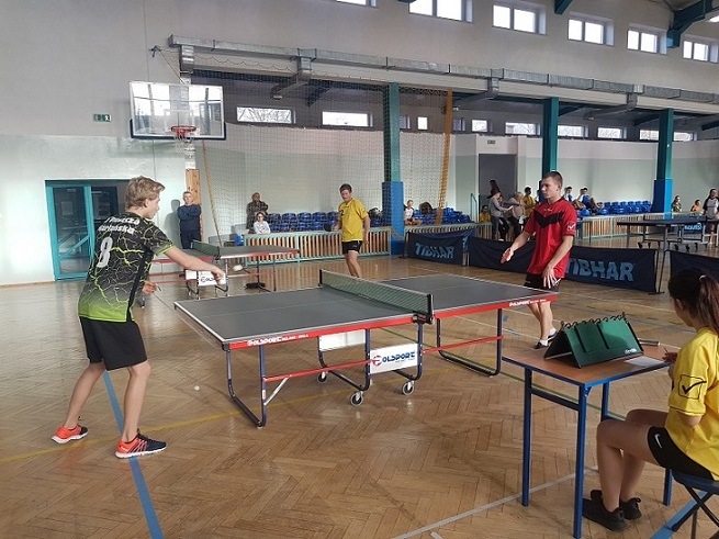 Powiatowe zawody tenisa stołowego szkół ponadpodstawowych w Wiskitkach