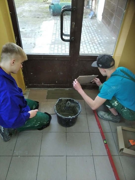 Uczymy się zawodu monter zabudowy i robót wykończeniowych w budownictwie