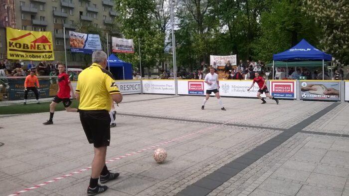 XIII Mistrzostwa Polski w Piłce Nożnej Ulicznej Społeczności Trzeźwościowych i Ludzi Bezdomnych