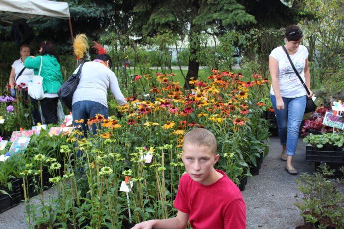 Wyjazd wychowanków warsztatu ogrodniczego na Skierniewickie Święto, Owoców, Kwiatów i Warzyw